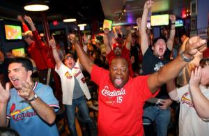 Cardinals clench playoff spot over Atlanta