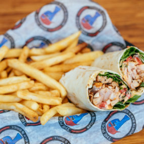 Wrap with blackened Tuna, spring mix, red peppers & homemade roasted tomato aioli inside a white tortilla. Served with fries